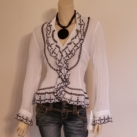 NWOT NY COLLECTION Women/'s Top Blouse Shirt Ruffle Trim V-Neck Size Large